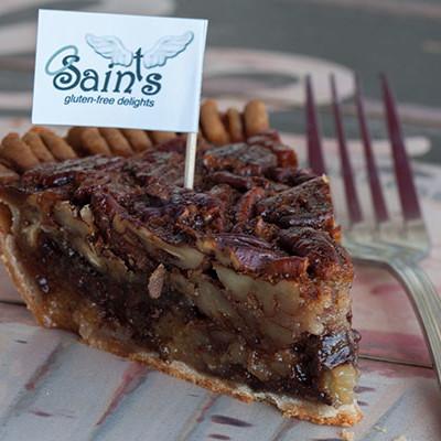 saints chocolate bourbon pecan pie 400x600