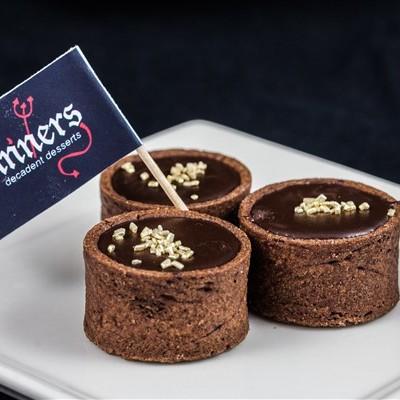 salted caramel chocolate tarts (3)